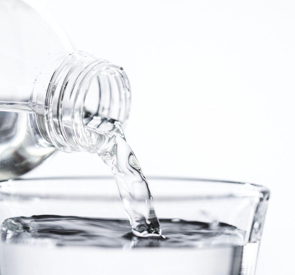 Por qué es importante hidratar la piel com Vichy Aqualia Thermale. La piel deshidratada provoca envejecimiento prematuro