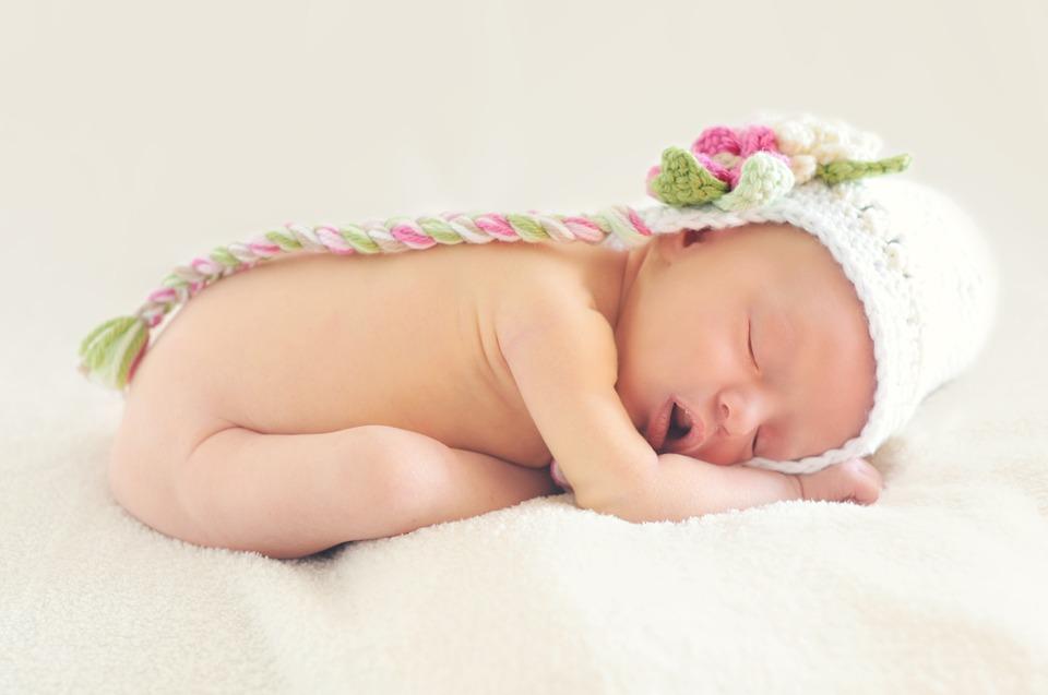 En Gran Farmacia Online Andorra somos expertos en Cosméticos para bebés como espumas de baño, champús, aceites, polvos de talco, cremas, lociones, aguas de colonia, perfumes o foto protectores.