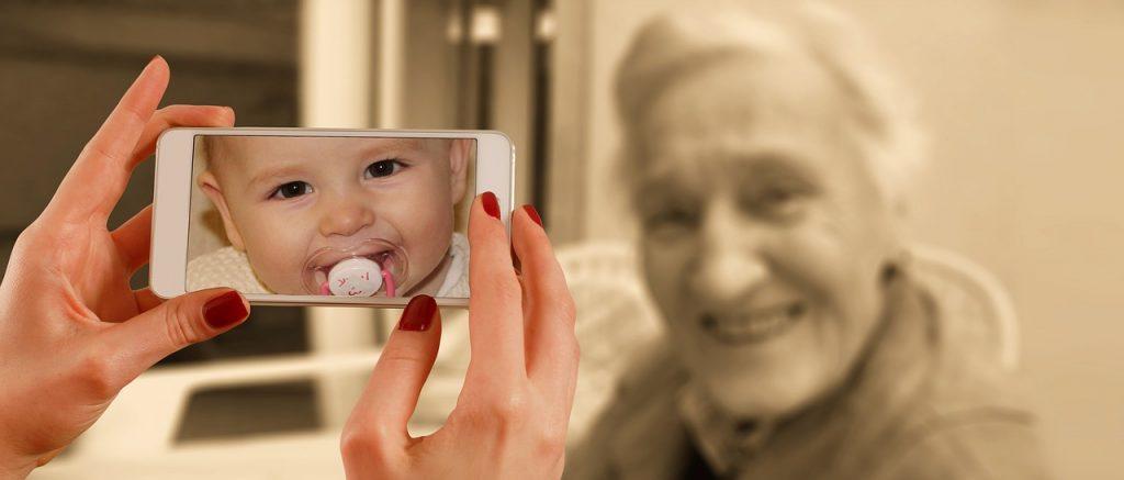 El envejecimiento es un proceso natural, por tanto, hablar de antiaging como tal no tiene sentido. Sin embargo, como este término está de moda, podríamos definirlo así: el mejor tratamiento antiaging es una alimentación antiinflamatoria