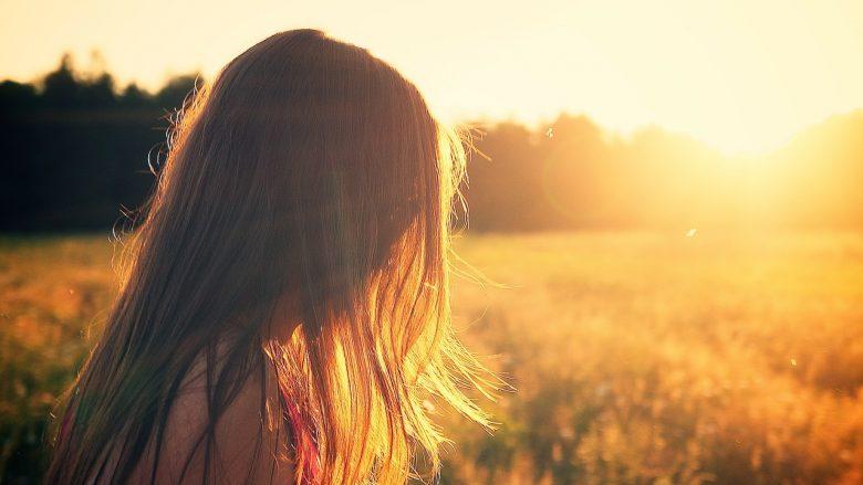 NOTICIAS: La pastilla que elimina los sofocos de la menopausia en solo tres días El Imperial College de Londres ensayan un medicamento alternativo a la terapia hormonal sustitutiva con un mecanismo de acción más rápido